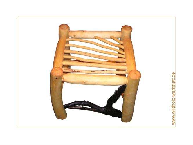 sitzm bel aus wildholz st hle b nke hocker f r innen und au en. Black Bedroom Furniture Sets. Home Design Ideas